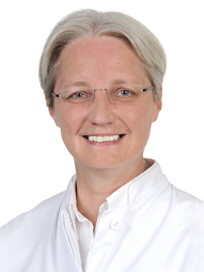 Frau Dr. Ursula Löw